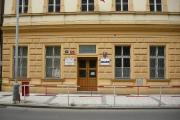 Gymnázium Pernerova, Praha 9