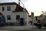 Praha-Slivenec, exteriérové hodiny třístranné