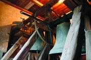 Rozhoupání zvonu rotačním motorem přes zvonové kolo