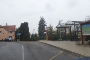 Tuchoměřice, autobusová zastávka