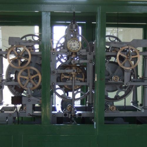 Mechanické hodinové stroje