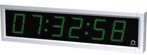 Venkovní nástěnné hodiny řady DE se stříbrným rámem